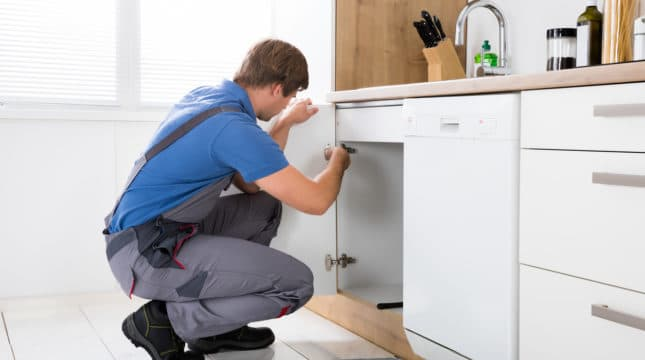 How Professional Handyman Courses Can Improve Your Business?